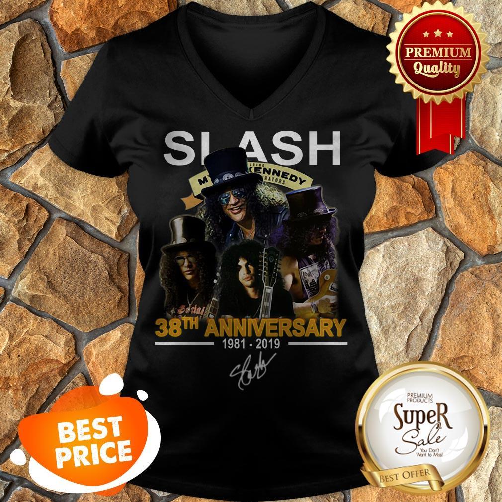Nice Slash 38th Anniversary 1981 2019 Signature Myles Kennedy V-neck