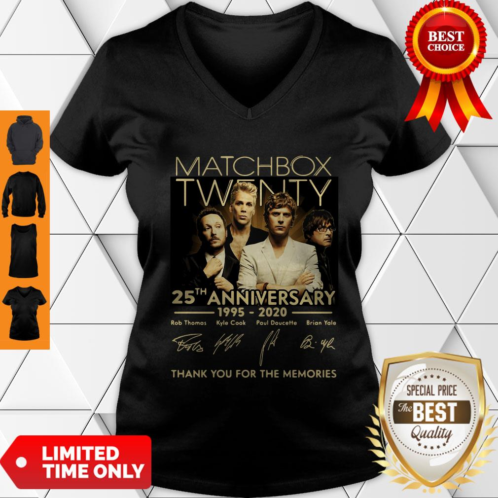 Top Matchbox Twenty 25th Anniversary 1995-2020 Signatures Thank You For The Memories V-neck