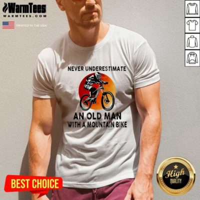 Never Underestimate An Old Man With A Mountain Bike V-neck - Design By Warmtees.com