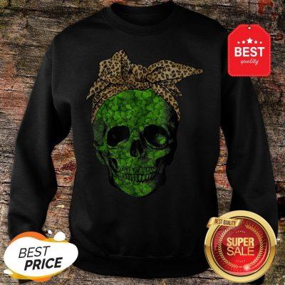 Leopard Bandana Shamrock Skull St Patrick's Day Gifts Sweatshirt