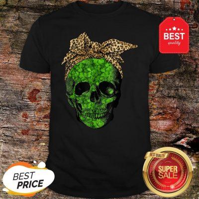 Leopard Bandana Shamrock Skull St Patrick's Day Gifts T-Shirt