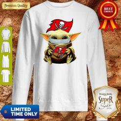 Official Star Wars Baby Yoda Face Mask Hug Tampa Bay Buccaneers Sweatshirt