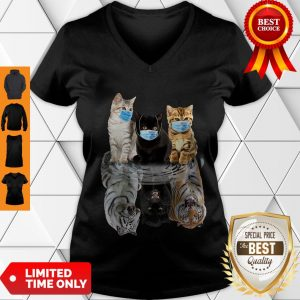 Nice Cats Face Mask Water Mirror Reflection Tigers V-neck