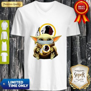 Official Baby Yoda Face Mask Hug Washington Redskins I Can't Stay At Home V-neck