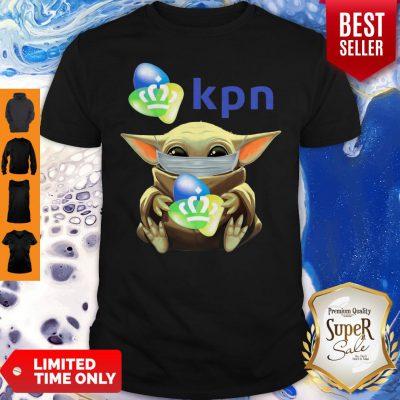 Funny Baby Yoda Mask Hug KPN Shirt