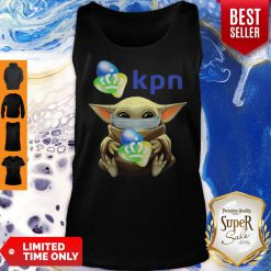 Funny Baby Yoda Mask Hug KPN Tank Top
