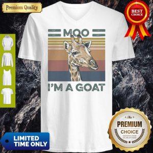 Funny Vintage Giraffe Moo Im A Goat V-Neck