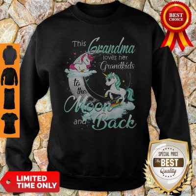 Top The Grandma Loves Her Grandkids To The Moon And Back Sweatshirt