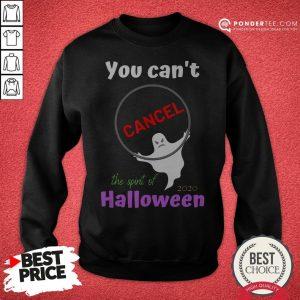 You Can't Cancel Halloween - Halloween Spirt 2020 Lives On Sweatshirt - Desisn By Warmtees.com