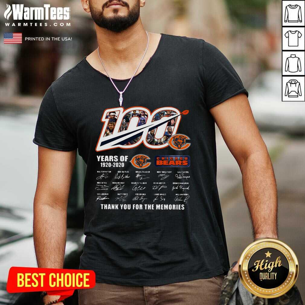 Chicago Bears 100 Years Of 1920 2020 Thank You For The Memories Signatures V-neck  - Design By Warmtees.com