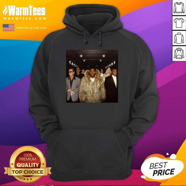 Magic Johnson Walking Into The Playoffs Hoodie - Design By Warmtees.com