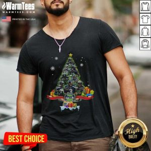 Seattle Seahawks Player Signatures Christmas Tree V-neck - Design By Warmtees.com