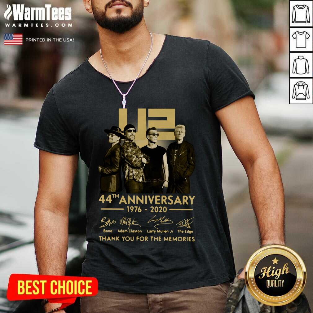 U2 45th Anniversary Thank You For The Memories Signatures V-neck - Design By Warmtees.com