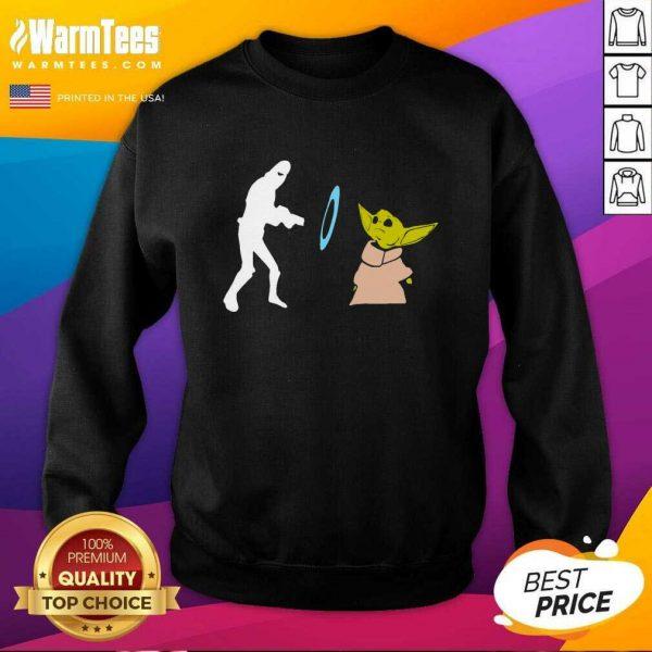 Star Wars Mandalorian Baby Yoda Grogu Stunned SweatShirt - Design By Warmtees.com