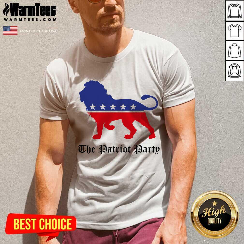 Lions The Patriot Party American V-neck