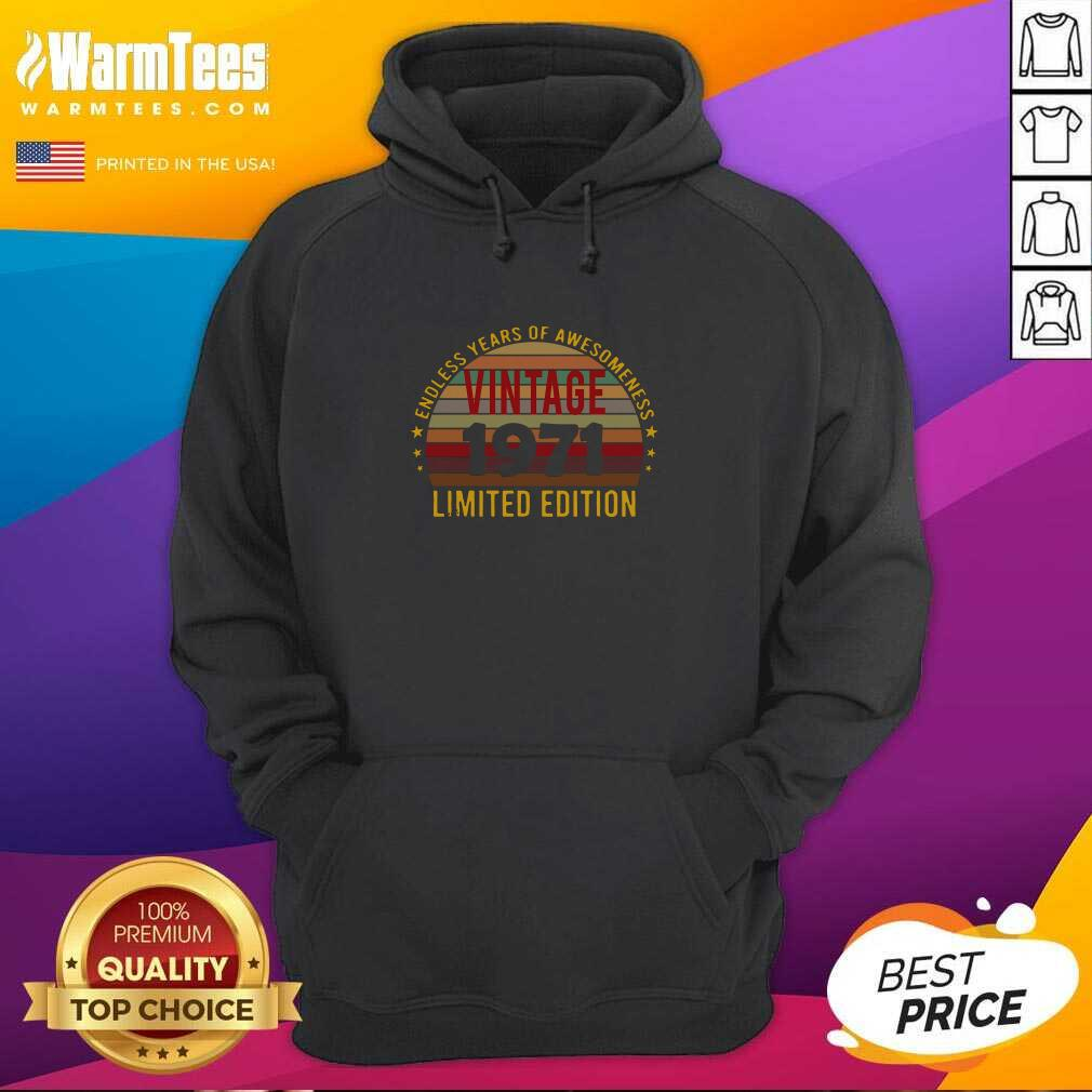 50 Year Old 50th Birthday Decorations 1971 Vintage Retro Hoodie - Design By Warmtees.com