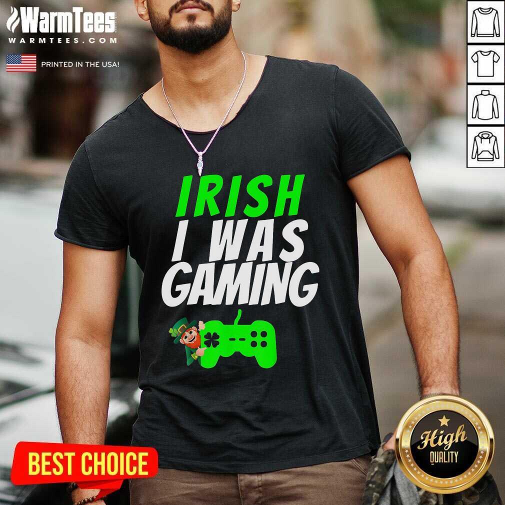 Video Gamer Saint Patricks Day Gaming St Pattys Day V-neck