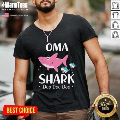 Oma Shark Doo Doo Mother Day V-neck