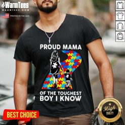 Top Proud Autism Mama Of The Toughest 5 V-neck