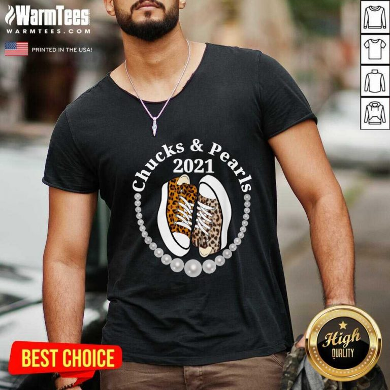 Perfect Chucks And Pearls 2021 Leopard V-neck