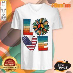 Love American Flag Vintage V-neck
